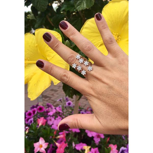 14k White Gold Diamond Flower Ring